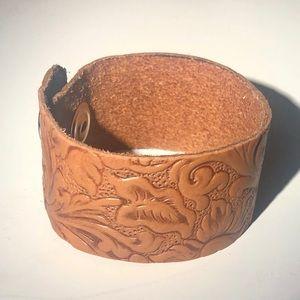 Handmade Jewelry - Floral Design Leather Cuff Bracelet